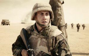 hantu baca Film Perang Terbaik di Perang DUNIA II Berdasarkan Kisah Nyata JARHEAD 2005