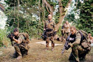 hantu baca Film Perang Terbaik di Perang DUNIA II Berdasarkan Kisah Nyata TEARS OF THE SUN 2003