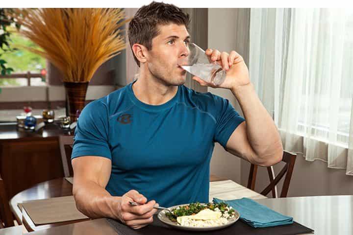 jangan minum sebelum makan