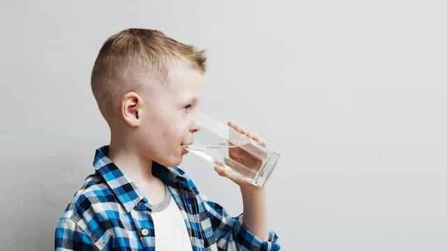 minum air putih agar lebih sehat