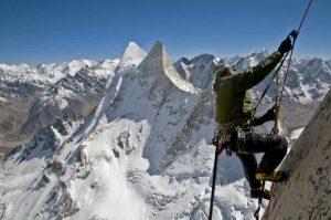 film pendakian gunung Meru (2015)