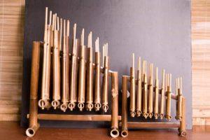 Alat Musik Tradisional Angklung indonesia